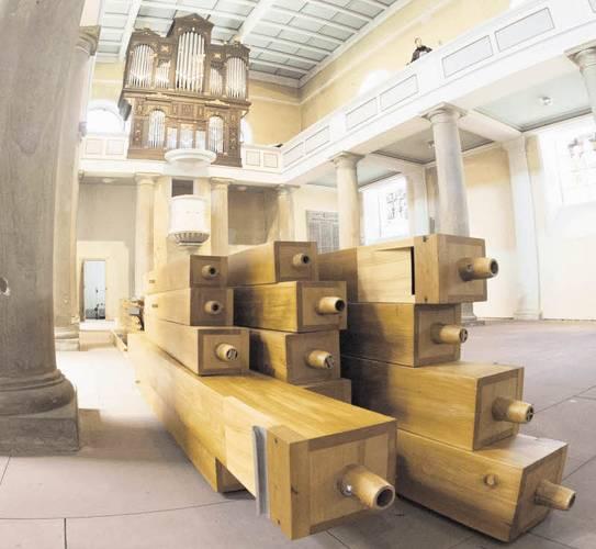 Kirchenrenovierung: Riesenpuzzle für Orgelbaue